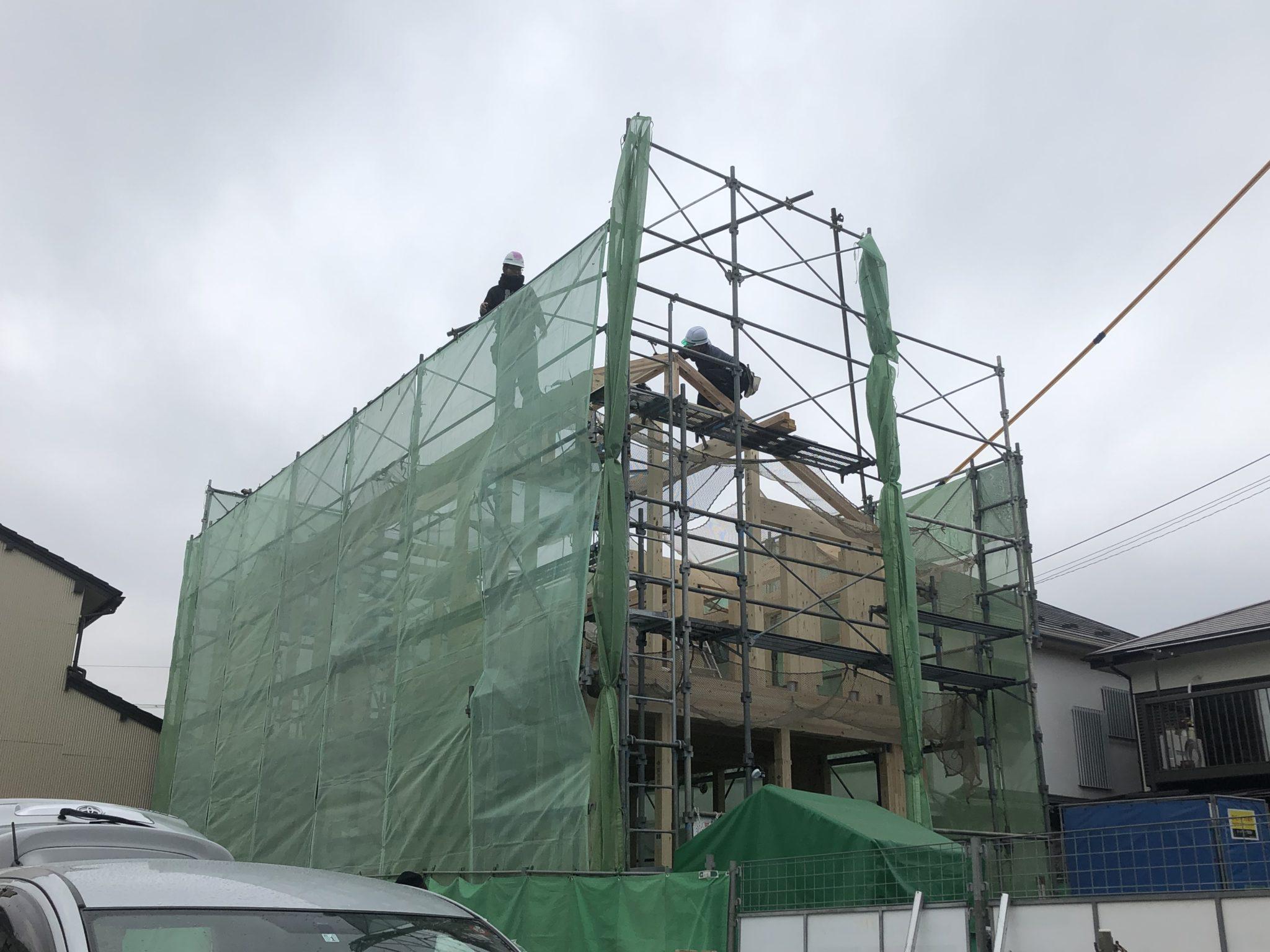《建設中》大工さん登場、いよいよ上棟です!